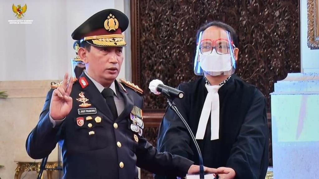 Presiden RI Joko Widodo Melantik Kapolri Komisaris Jenderal Polisi Listyo Sigit Prabowo