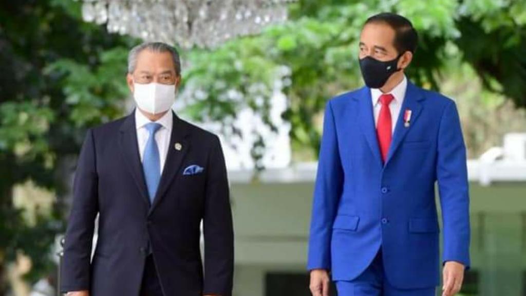 Presiden Joko Widodo menyambut kunjungan resmi
