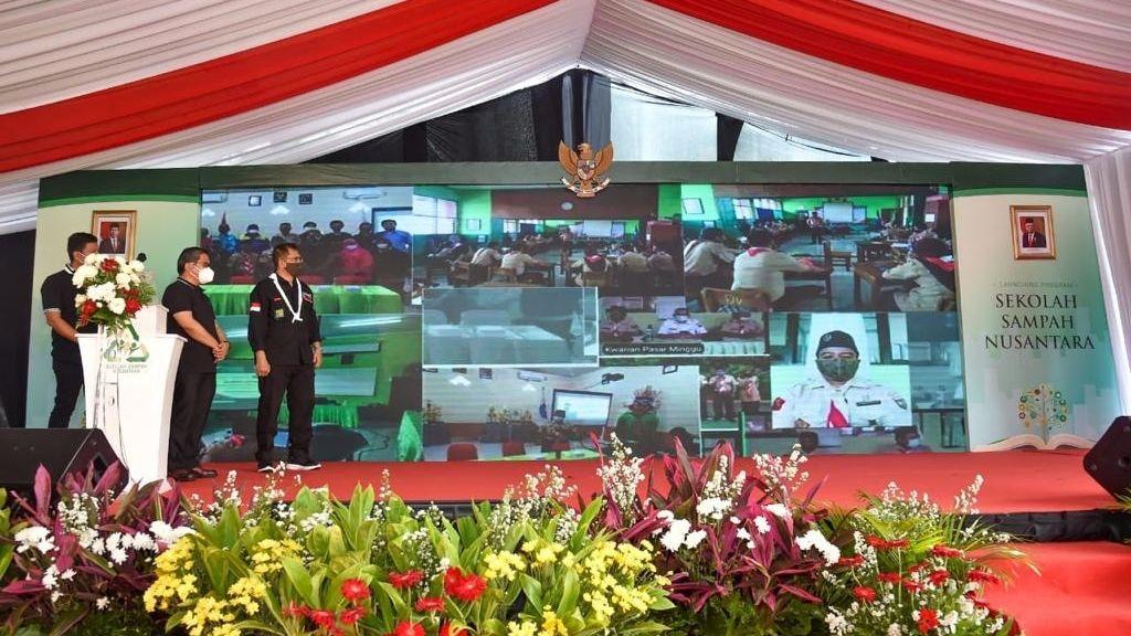 Wamen LHK Resmikan Sekolah Pengelolaan Sampah Nusantara