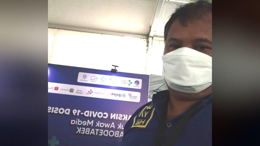 Usai Terima Vaksin Covid, Wartawan Senior: Matur Nuwun Pemerintah