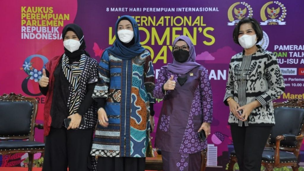 International Womens Day Dihelat Kaukus Perempuan Parlemen