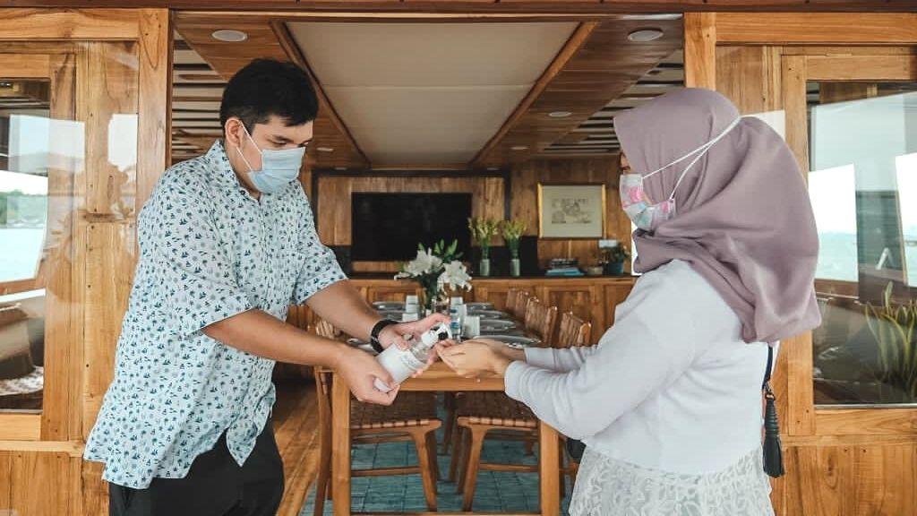 Kapal Agustine Phinisi Jadi Daya Tarik Wisata Baru Kepulauan Seribu