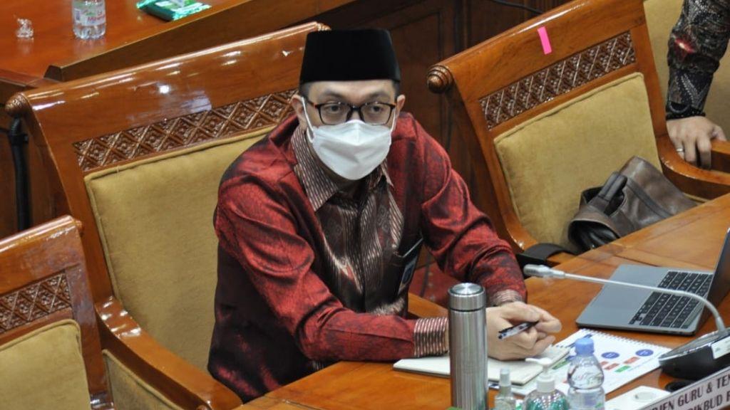 Komisi X DPR RI Pertanyakan Nasib Guru Honorer Swasta