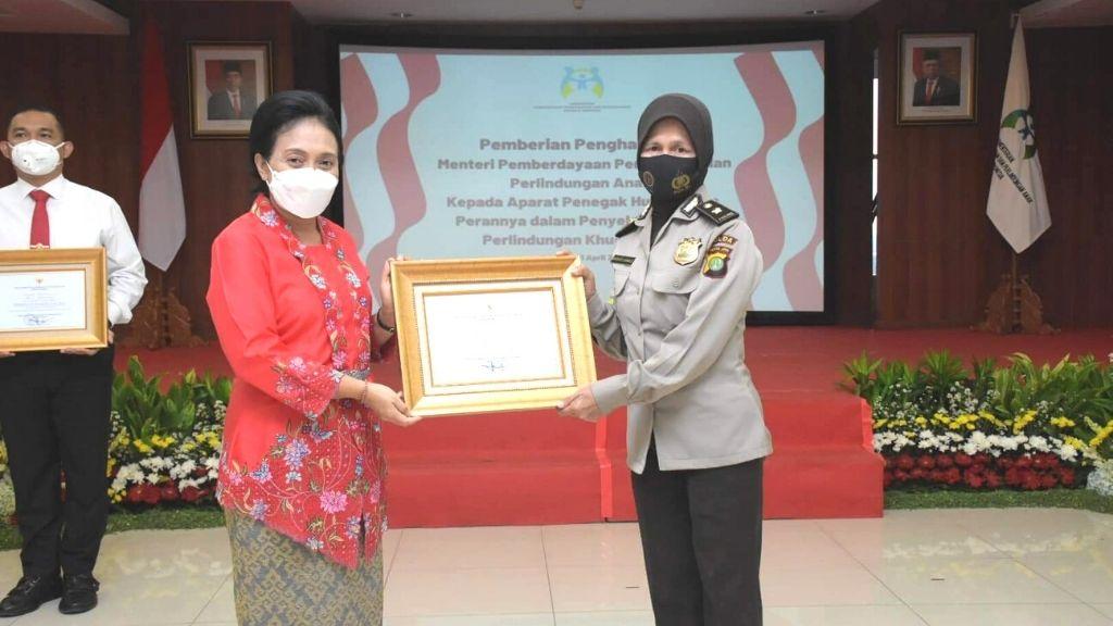 Peringati Hari Kartini, Apresiasi APH yang Lindungi Perempuan dan Anak/