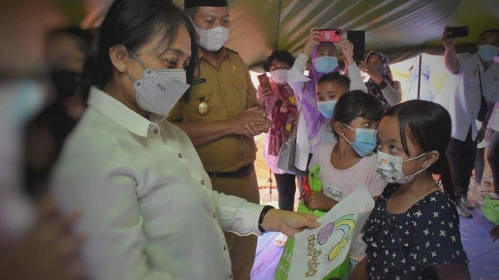 Kunjungi Lokasi Terdampak Bencana, Perempuan dan Anak Perlu Mitigasi